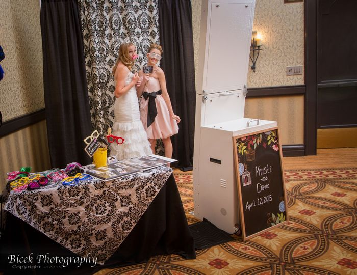 PicBox Photo Booth Company - Photo Booth - Turlock, CA - WeddingWire