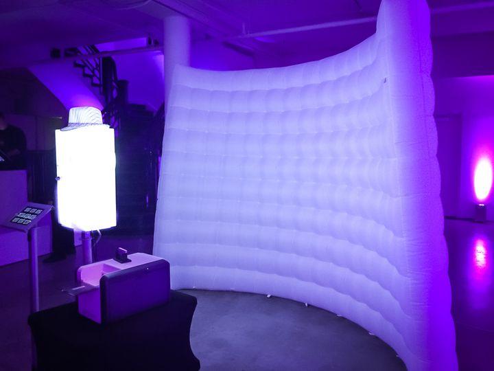 sbox led air wall
