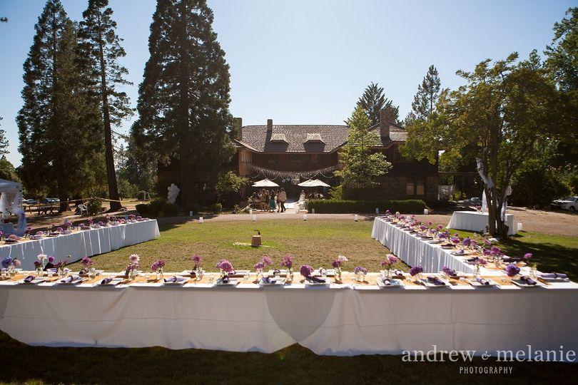 Dining on East Lawn