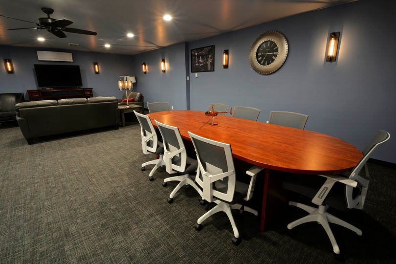 Intimate dining table