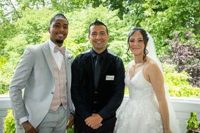 Pronto Wedding, LLC
