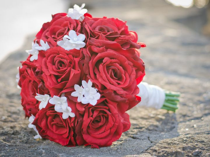 Tmx 1454785408443 Mandy Red Rose Stephanotis Bouquet1 Wayne wedding florist