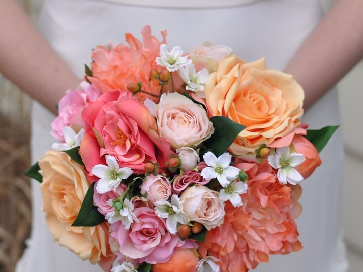 Tmx 1454790218704 Coral Rose Round Bouquet   1 Wayne wedding florist