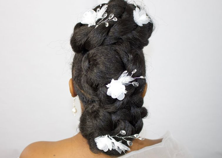 Floral hairpieces