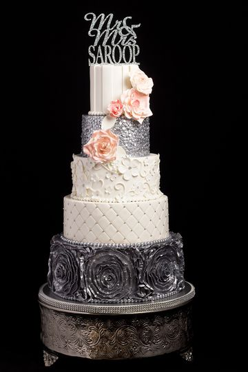 We used a variety of textures and patterns to create this gorgeous design.