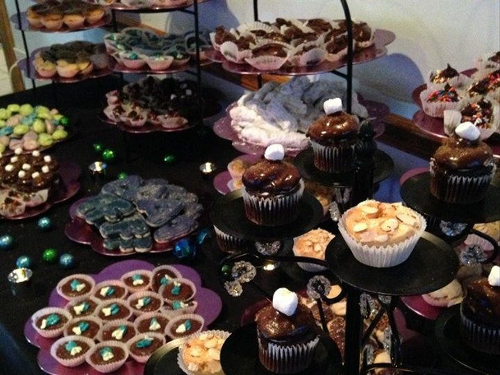 Tmx 1415975985199 Sweet Table 1 Small Milwaukee, Wisconsin wedding cake