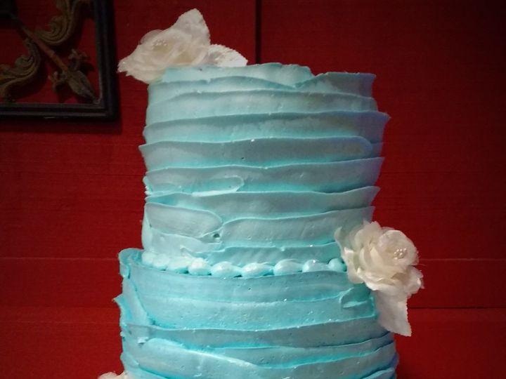 Tmx 1516847785 Bdb71b222f1b261a 1516847782 31884a6ab330921c 1516847840914 1 IMG 20161014 15334 Milwaukee, Wisconsin wedding cake