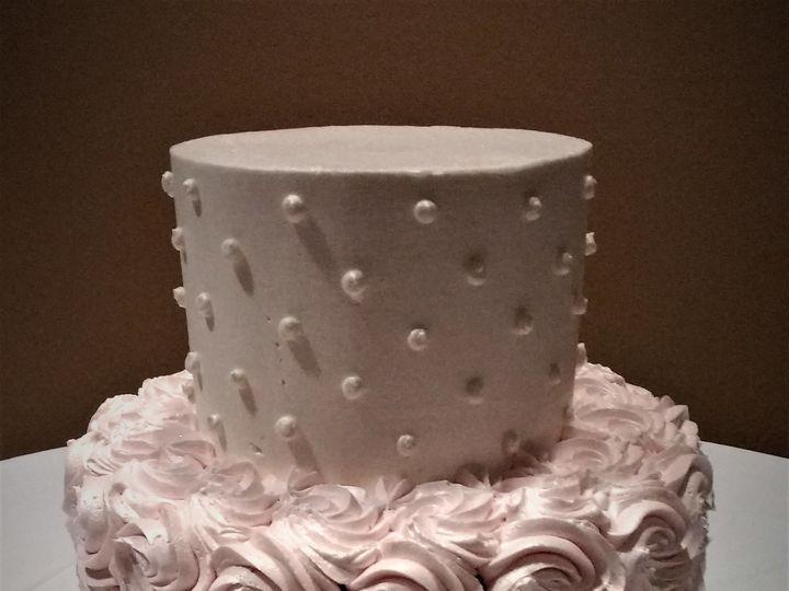 Tmx 1516847828 3e6209a92231efbb 1516847826 06fff3357ac1da9a 1516847885240 3 IMG 20161022 14490 Milwaukee, Wisconsin wedding cake