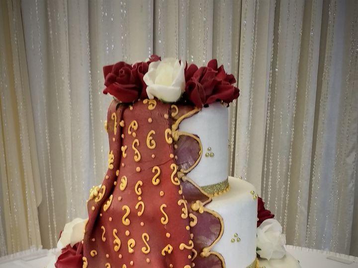 Tmx 1516847861 89b3d95cc5ece66d 1516847858 E32a573544548603 1516847916955 7 IMG 20161230 14254 Milwaukee, Wisconsin wedding cake