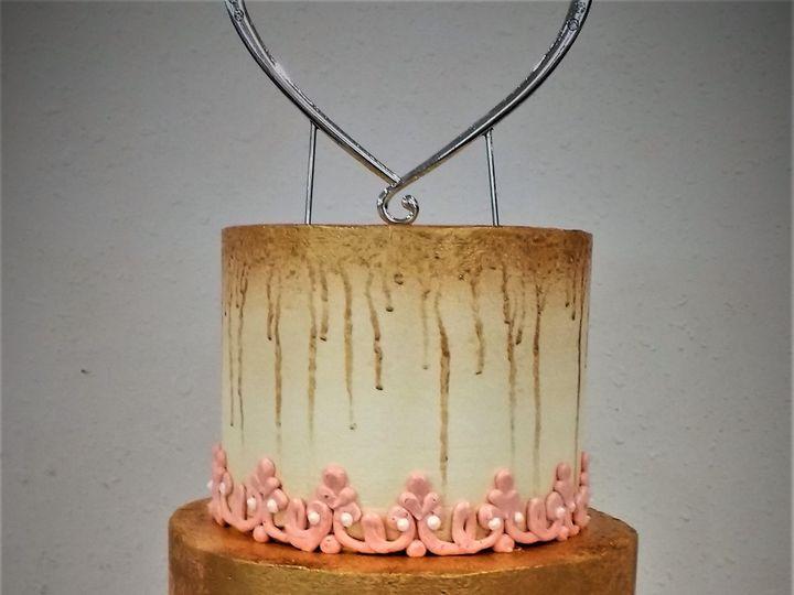 Tmx 1516847988 857d36ead09da736 1516847986 829c9f00ebf12487 1516848044559 18 IMG 20170701 1516 Milwaukee, Wisconsin wedding cake