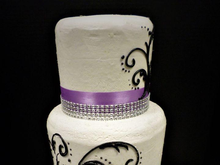 Tmx 1516889215 2f3a5dc7806ba976 1516889213 18bb844aa60fced1 1516889272752 5 WEDDINGCAKE  6 30  Milwaukee, Wisconsin wedding cake