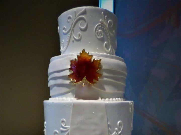 Tmx 1516889363 Ec35324da068cdf1 1516889360 1f62728baf942db4 1516889420374 17 Weddingcake 270 1 Milwaukee, Wisconsin wedding cake