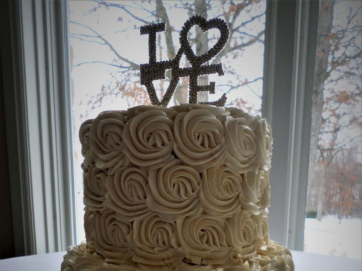 Tmx 1516889379 F2dffdd69f71ae80 1516889376 Aa6023f396b03301 1516889435278 18 SAM 1246 Milwaukee, Wisconsin wedding cake