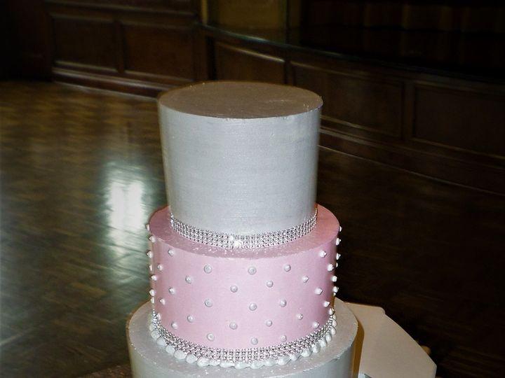 Tmx 1516889399 6769a7c3796096c3 1516889397 Ee11d87268465e26 1516889457501 20 SAM 1383 Milwaukee, Wisconsin wedding cake