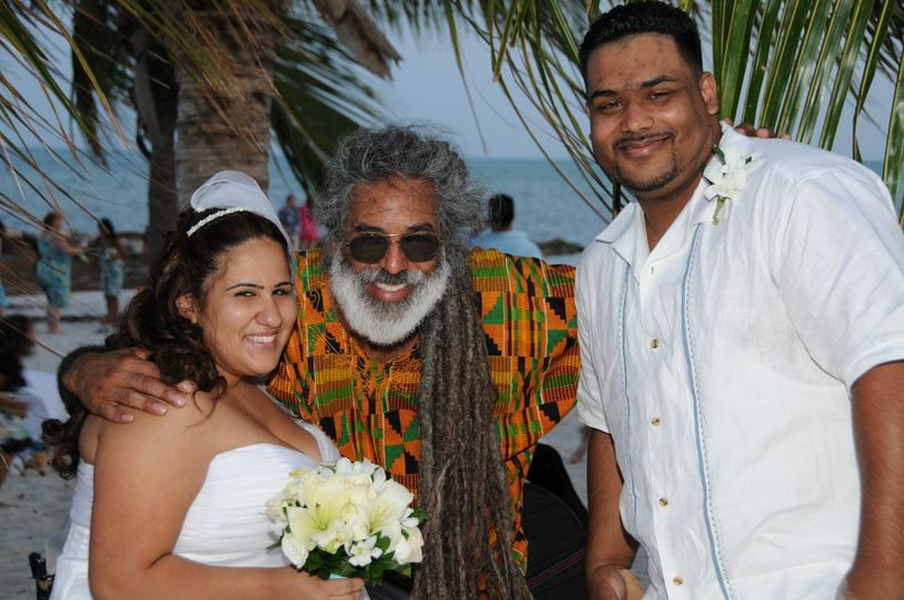 Ruben and Nicole, one of my first ceremonies! Smathers Beach, Key West, Florida.