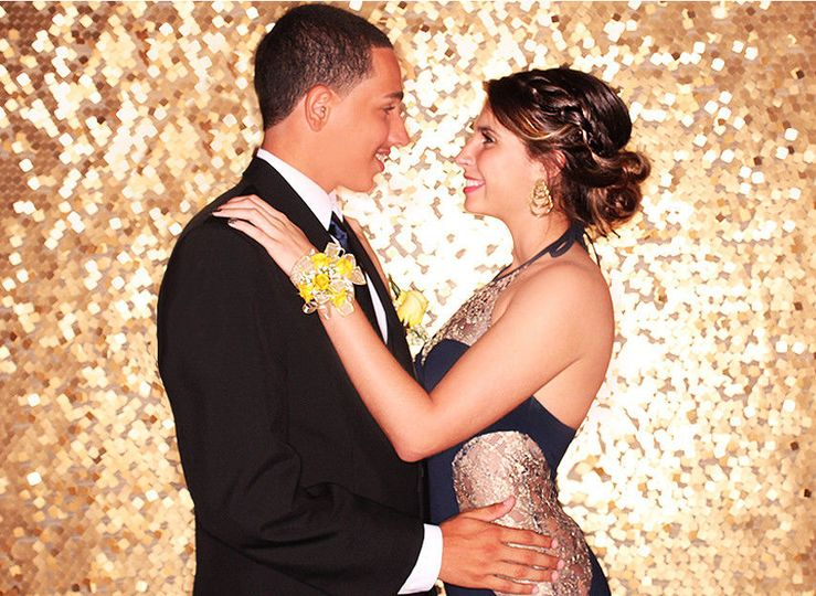 11b577041ea4c412 1440796321089 weston event photo booth prom dance 3