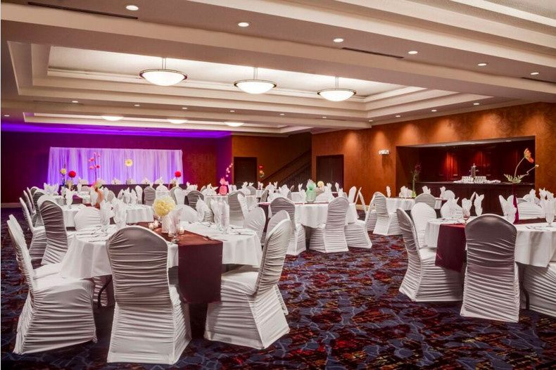 The Blue Moon room seats up to 300 guests for your Dubuque, Iowa wedding.