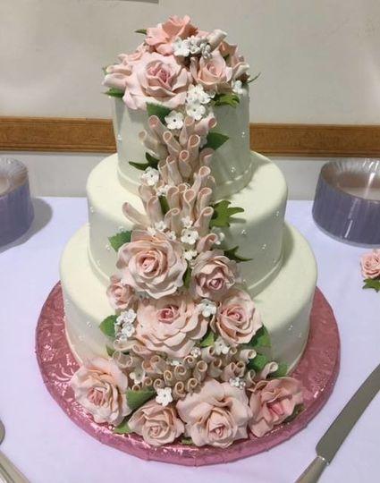 Pink flowered cake