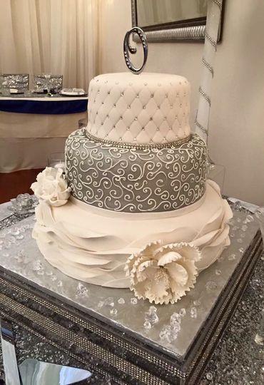 Sliver white cake