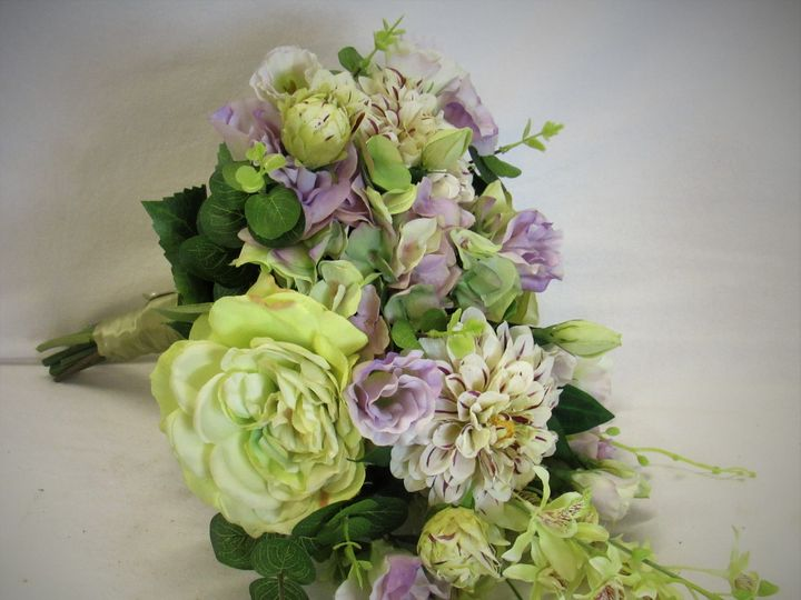 Tmx Bridal04 3 51 1039213 V1 Marlton, NJ wedding florist