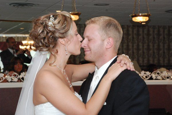 Tmx 1224847287523 Cuteduringdance077 Mohawk wedding planner