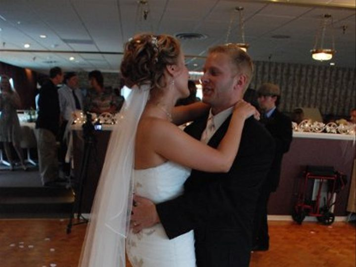 Tmx 1226616397833 FirstDance074 Mohawk wedding planner