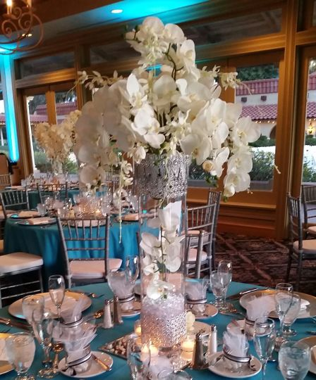 Turquoise wedding at Mission Inn Resort in Howie-in-the-Hills, Central Florida.