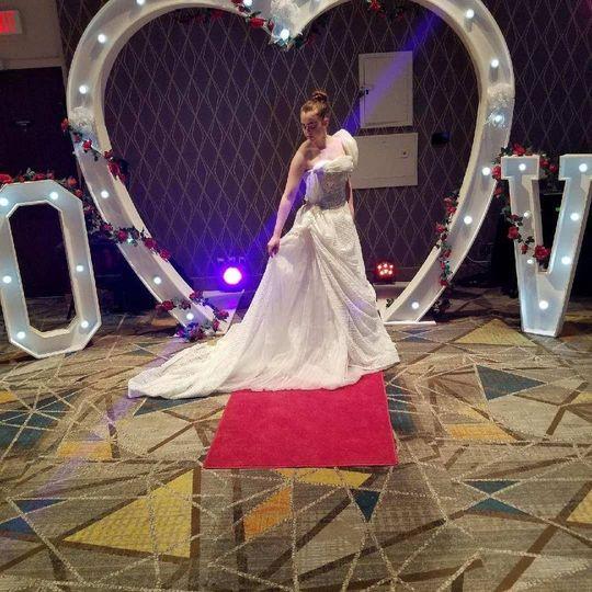 Eleganct wedding gown
