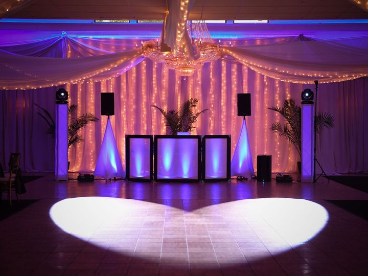 Tmx Anthony Room 51 171313 V2 Trenton, New Jersey wedding venue
