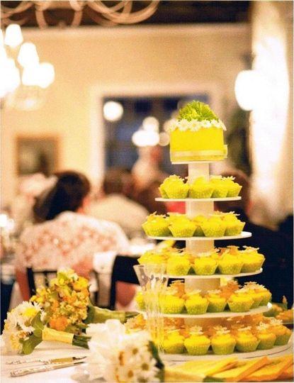 Savannah\'s Hall of Cakes - Wedding Cake - Rincon, GA - WeddingWire