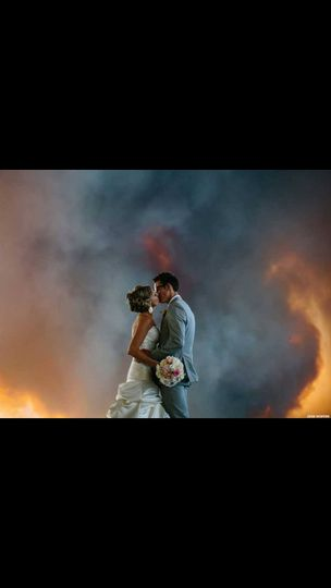 800x800 1415380421367 wedding fire