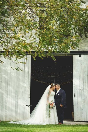 Bride and Groom Barn