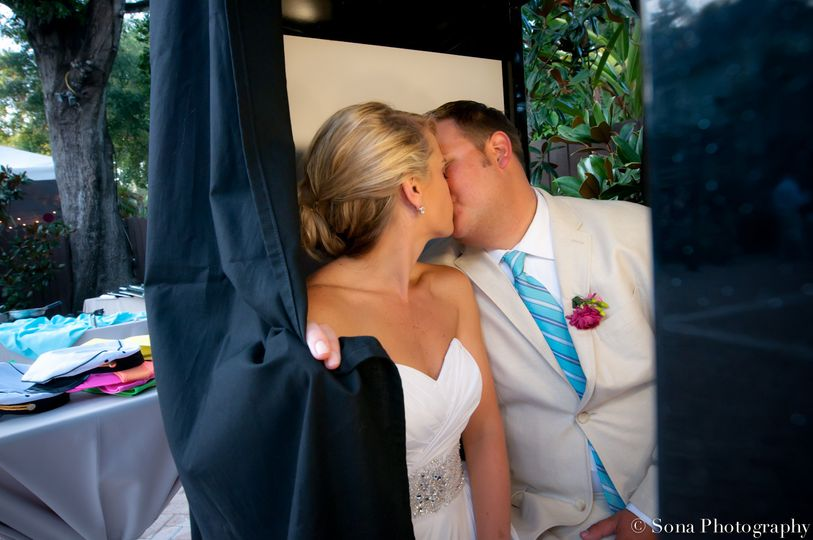 Kissing in the photo booth