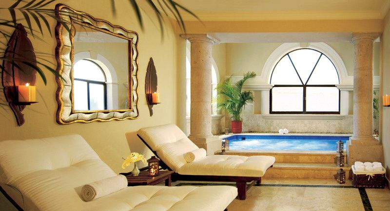 The relaxation area at the spa provides a sublime atmosphere for guests.