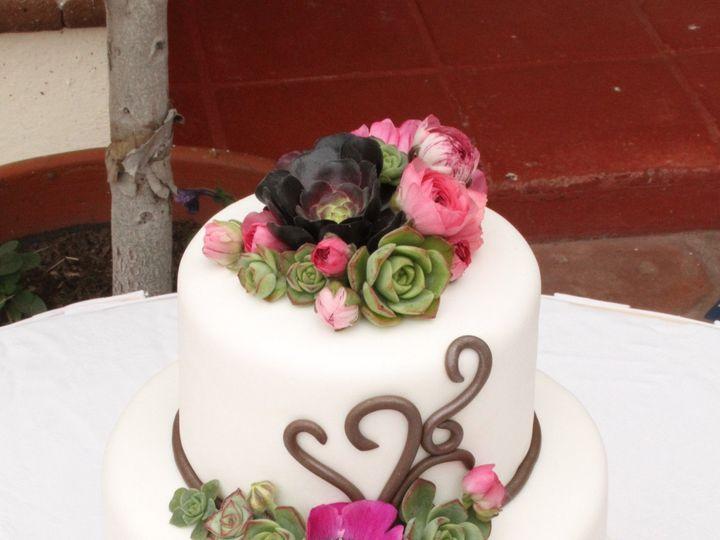 Tmx 1438115029022 Williwildflowersucculentcake Aptos wedding florist