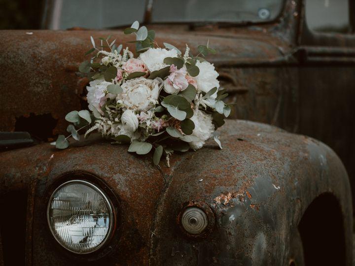 Tmx 1s1a0341 2 2 51 64313 Sturbridge, Massachusetts wedding florist