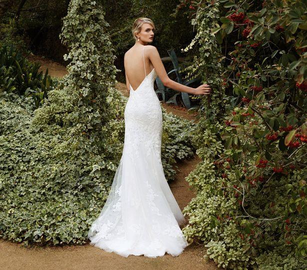 Bridal Extraordinaire - Dress & Attire - Shawnee, KS - WeddingWire