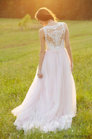 Dainty wedding dress