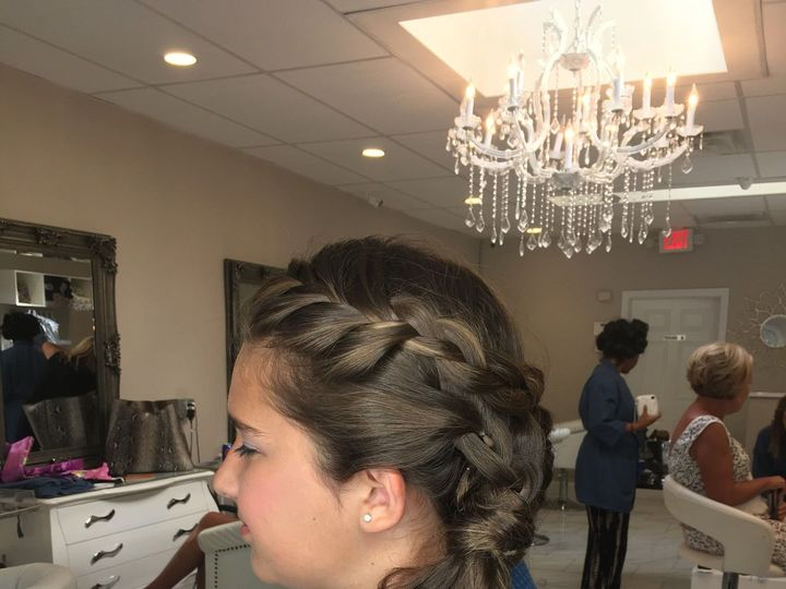 Tmx 1520023118 157cb9f4afbfdc77 1490159323343 Img0612 Larchmont, New York wedding beauty