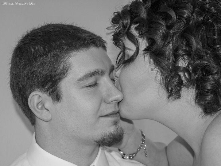 Tmx 1519619523 A87ce661398ff770 1519619518 C327177f2234c0de 1519619483548 7 20171209 0175 Ionia, MO wedding photography