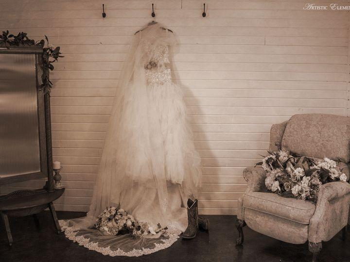 Tmx 1526436825 41ac1164448acb24 1526436824 F850dd8a641a5c12 1526436813139 3 20180317 0259 Ionia, MO wedding photography
