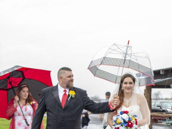 Tmx 1528680768 C144ca75751d62f3 1528680766 2dbf865f4209d7fe 1528680759714 1 20180421 0850 Ionia, MO wedding photography