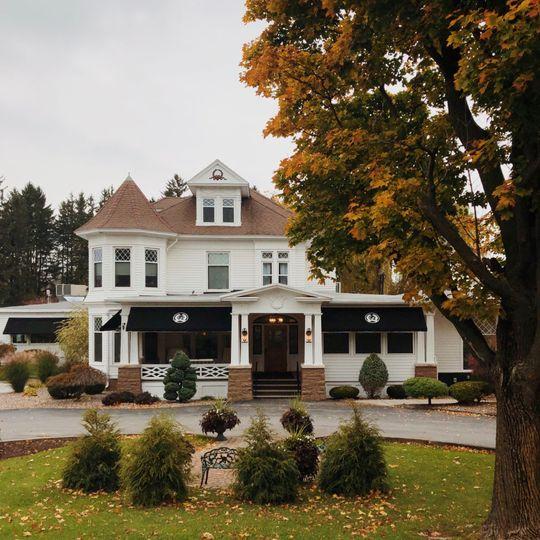 Fall at Dibbles Inn