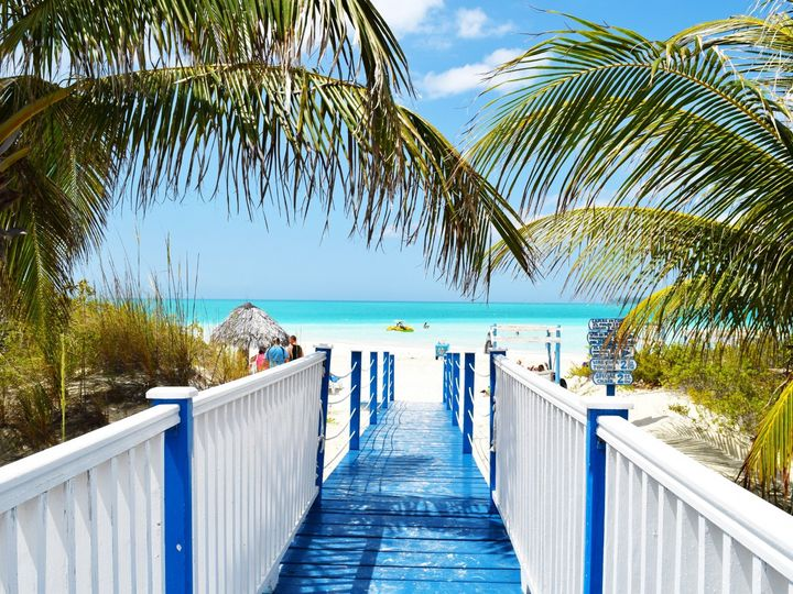 Tmx Jamaica Juan Rojas Xfzphwf Bti Unsplash 51 1952413 158396625558506 Clinton, MO wedding travel