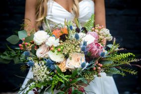 The Wedding Designer*Susan Foy