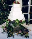 Tmx 1246575071390 LaytonWeddingCake Davenport, IA wedding cake