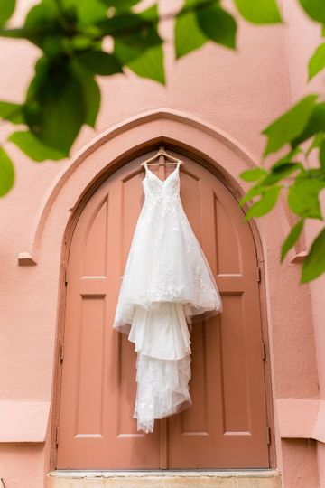 The dress - Annie Laura Photography