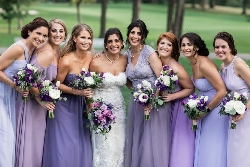 Bridal party with their bouquets | Mary Rose Photography