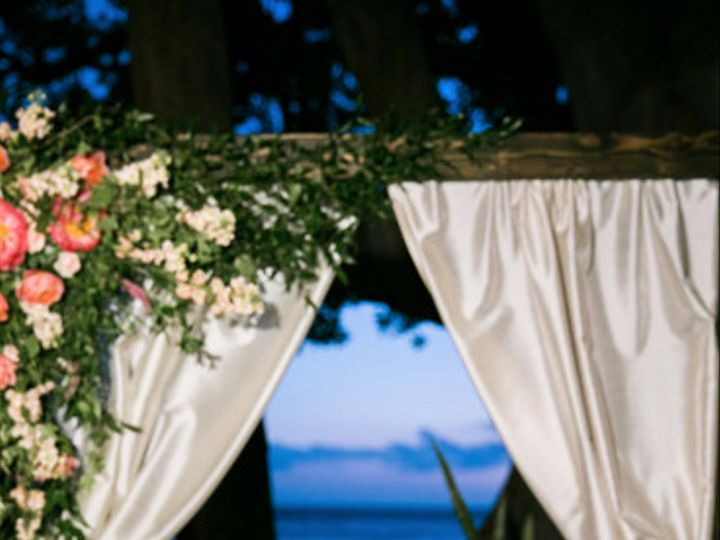 Tmx 1482268371914 Cake 2 Kihei wedding planner