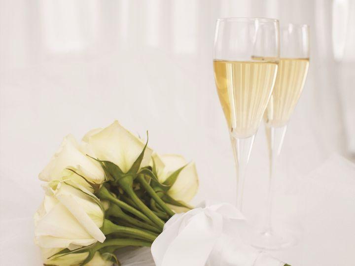 Tmx 1524162425 204124162d45fb0e 1524162421 2ef88cbce78f018f 1524162416997 16 SMALL White Roses Bloomfield Hills, MI wedding venue